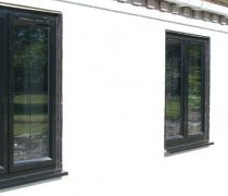 https://www.cdwsystems.co.uk/wp-content/uploads/2017/06/Black-crown-windows-installation.jpg