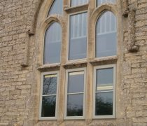 https://www.cdwsystems.co.uk/wp-content/uploads/2017/06/Crown-aluminium-casement-windows.jpg
