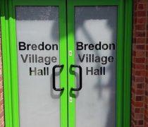 https://www.cdwsystems.co.uk/wp-content/uploads/2017/06/Green-aluminium-commercial-doors.jpg